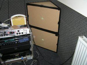 Helmholtz test resonators